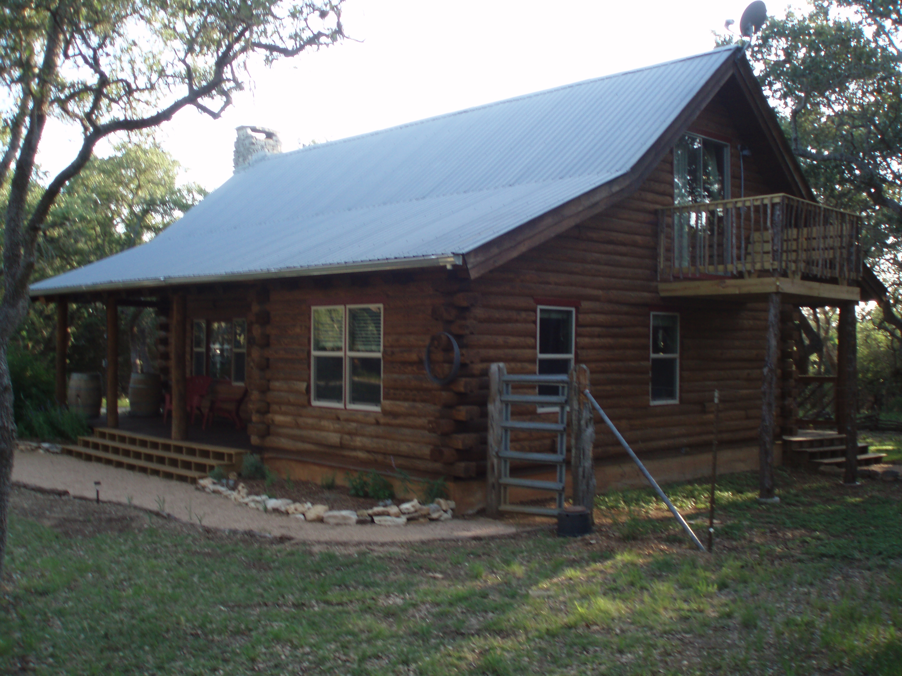 d cabins wimberley in oaks and farm equine cabin texas venue rentals vacation s vintage rooms lodging wedding